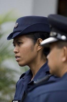 Foto Polisi Wanita Dari Seluruh Penjuru Dunia Glanznews, kumpulan foto ...